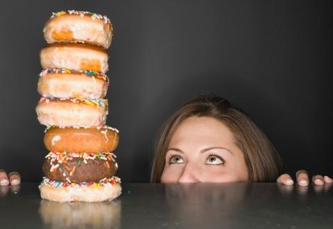 Не употребляйте высококалорийную пищу!